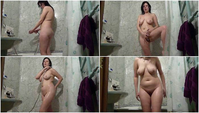 Bigtits babe fucking in bath