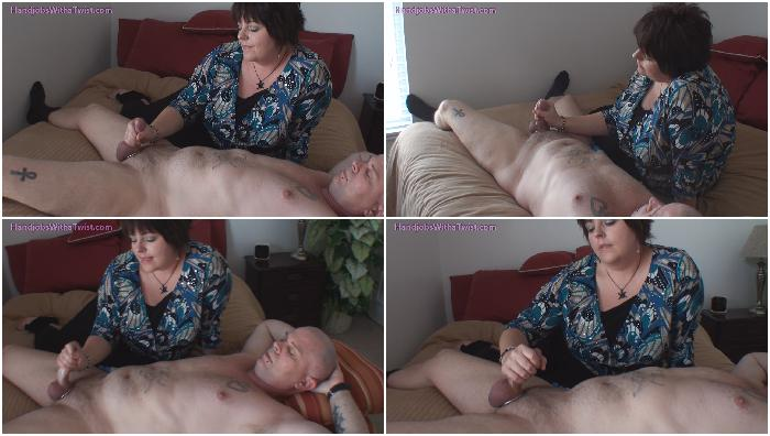 clip135 Real Couples Sensual Handjob HD