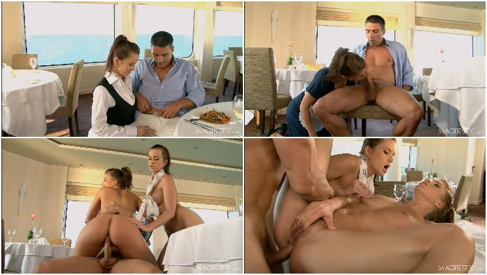 Restaurant-sex-lessons Cindy-Dollar--Kristine-Crystalis--Toni-Ribas-1080