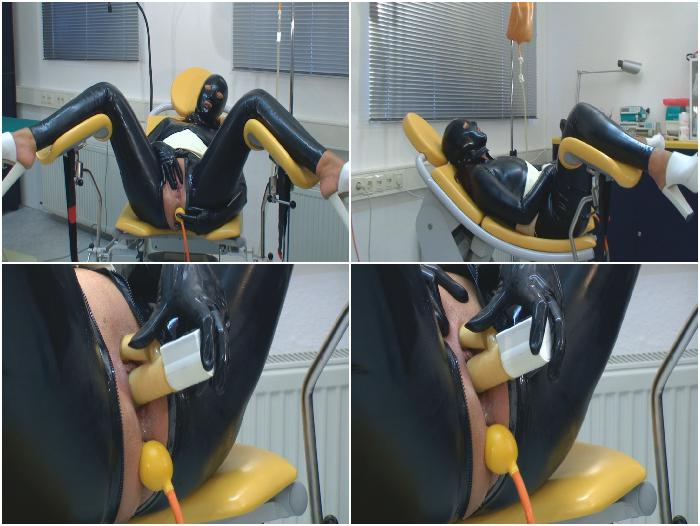 mov 52 A horny full rubber enema