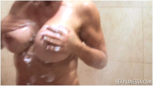 sexy vanessa shower