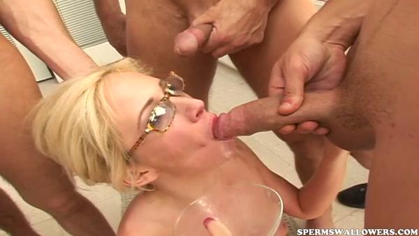 Hillary_Scott_-_Feeding_Frenzy_7_(720p).00023,
