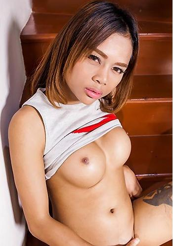 Mint is a sexy petite girl - TS Mint