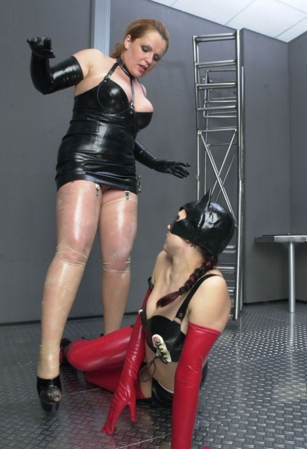 Extreme pleasure is guaranteed in this experiment...