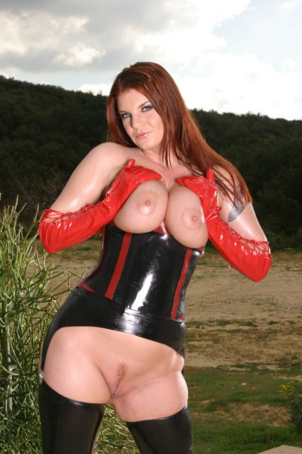 Cock-sharing latex anal sluts - Latex Sex