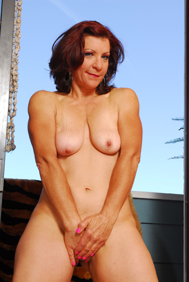 Violet Jones - Mature, MILFs