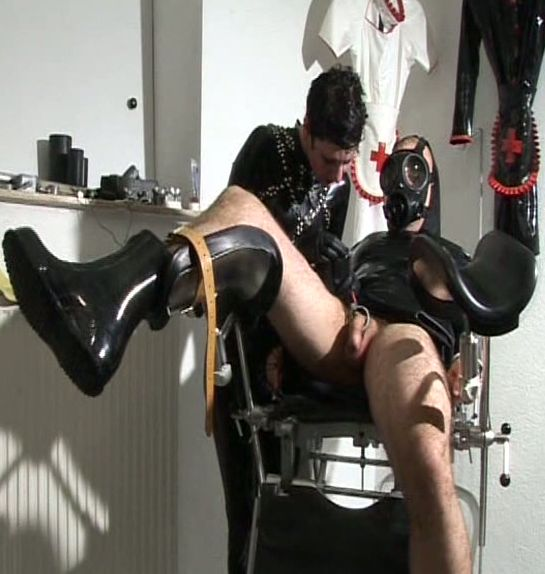 Latex domme takes care of cock - Latex Sex