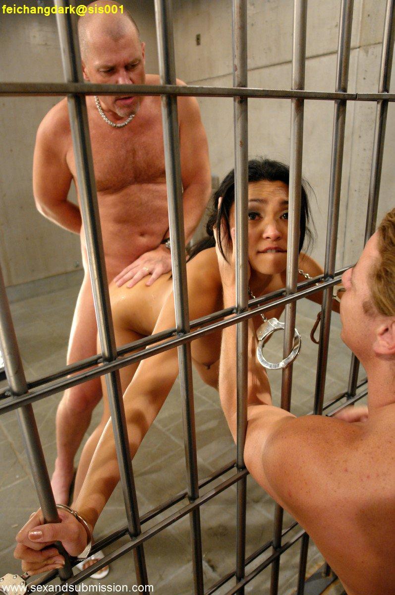Женщины В Тюрьме Секс Видео