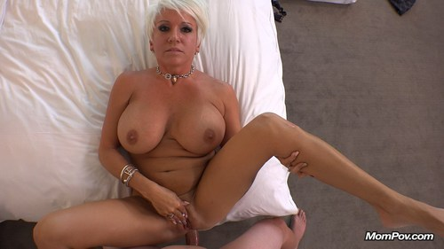 image Short haired blonde maggie green dildo bangs her wet pussy