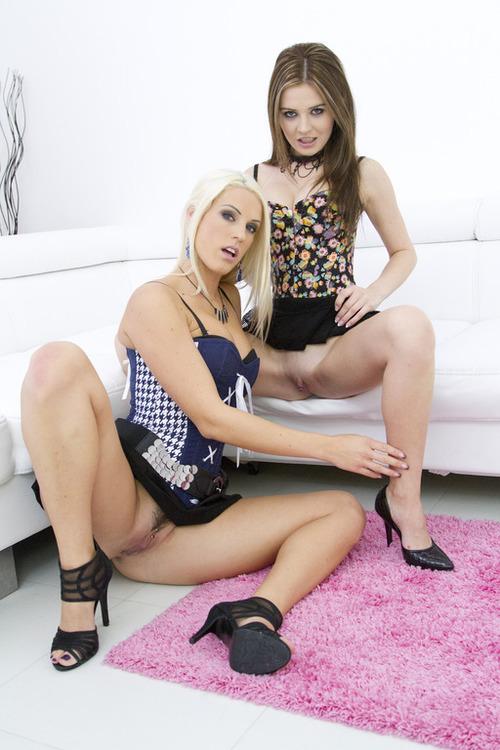 Timea Bella, Blanche Bradburry - Timea Bella & Blanche Bradburry double anal pounding SZ635 [SD 480p] (LegalPorno)