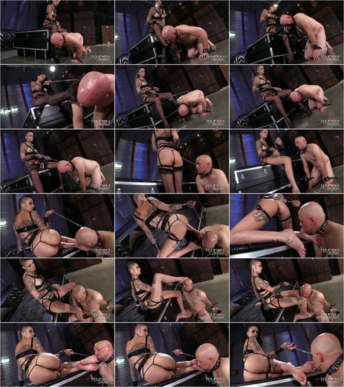 Leigh Raven - Smelly Foot Submission [FullHD 1080p] (FemdomEmpire)