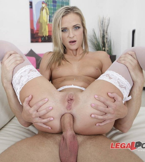 L3g4lP0rn0.com - Kristal Kaitlin - Shes Back To Gape! Kristal Kaitlin (Vinna Reed) is finally back to anal sex. Great assfucking, big gapes, final swallow GIO076 [SD 480p]