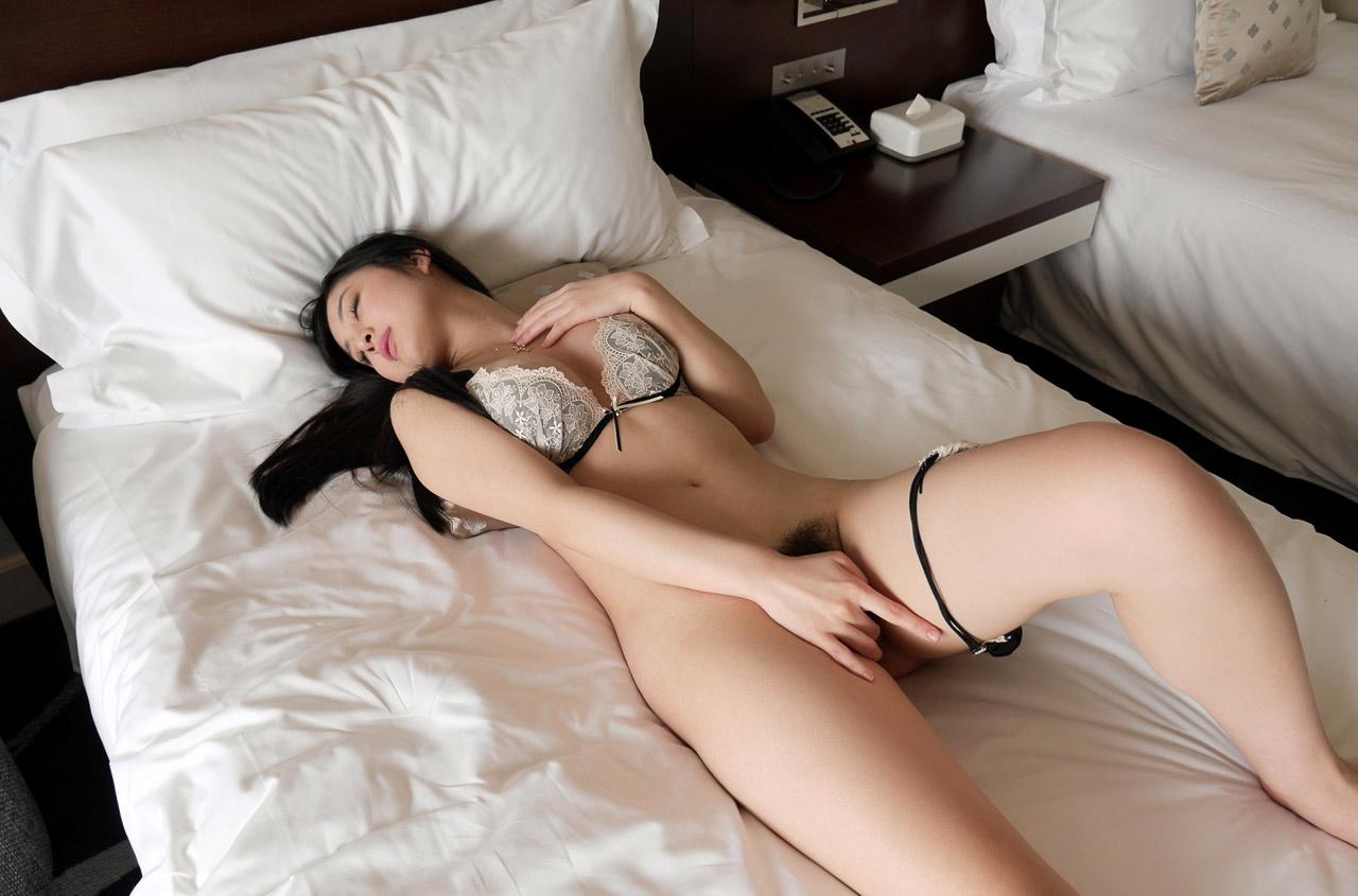 iraho seino hot nude pics 03