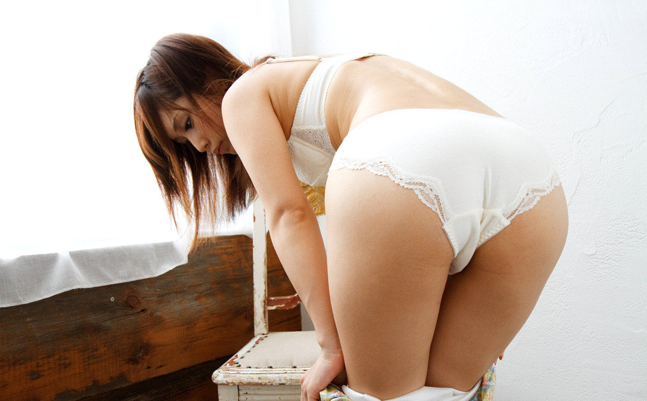 nude of some sugar mummy