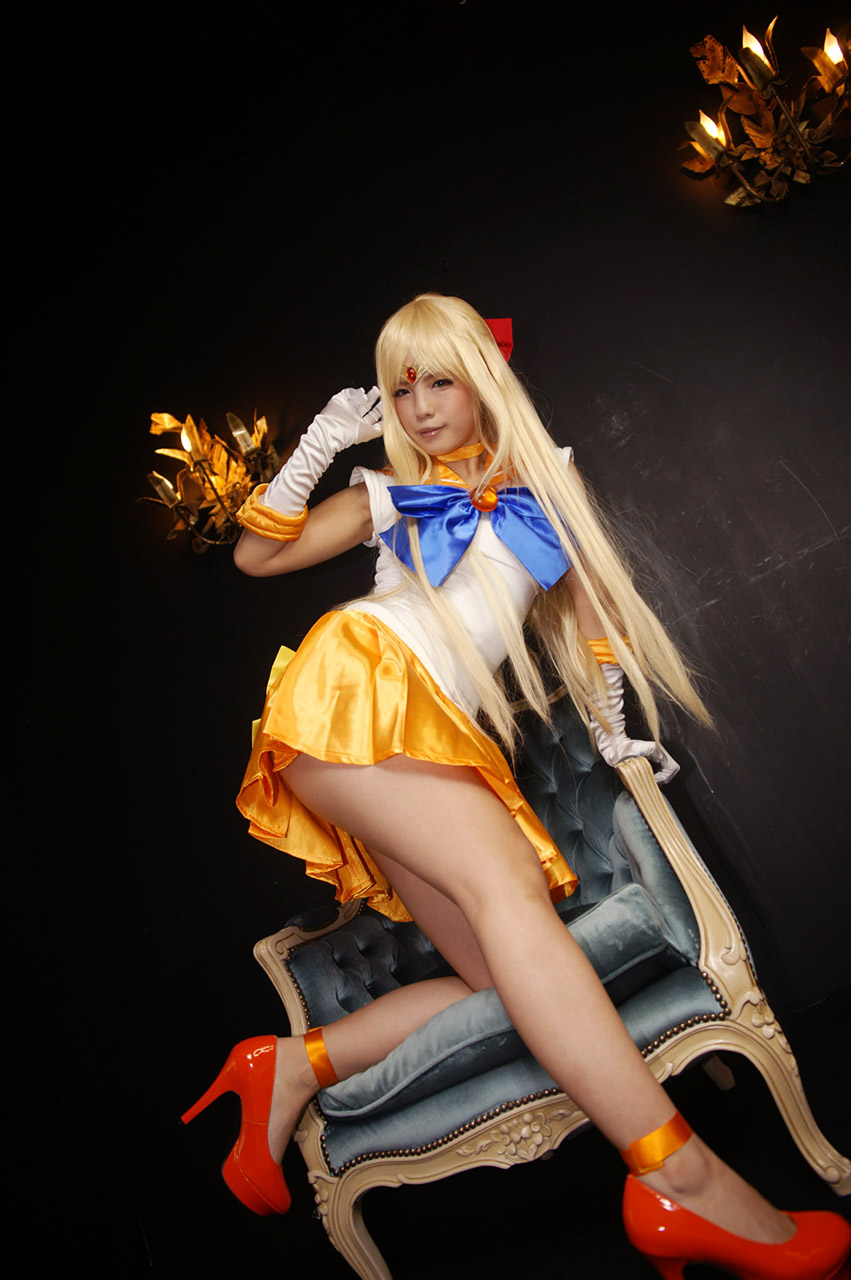 ayame kokoiro sexy sailormoon cosplay 04