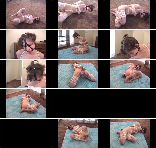 http://ist3-1.filesor.com/pimpandhost.com/1/4/2/7/142775/3/J/n/e/3Jnes/Sexy_Bondage_And_BDSM-036.jpg