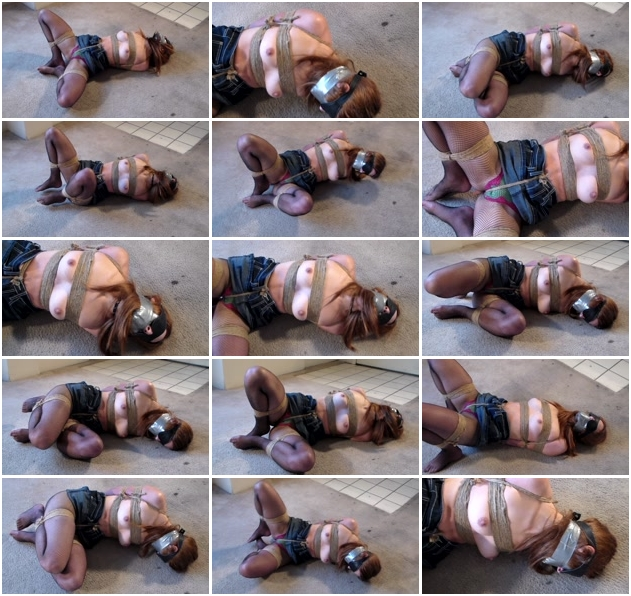 http://ist3-1.filesor.com/pimpandhost.com/1/4/2/7/142775/3/J/n/f/3JnfG/Sexy_Bondage_And_BDSM-103.jpg
