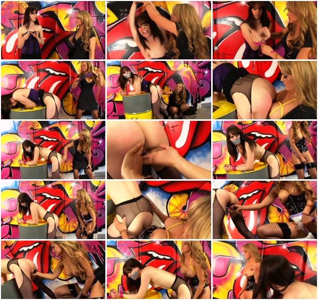 http://ist3-1.filesor.com/pimpandhost.com/1/4/2/7/142775/3/J/n/g/3Jngr/Sexy_Bondage_And_BDSM-143.jpg