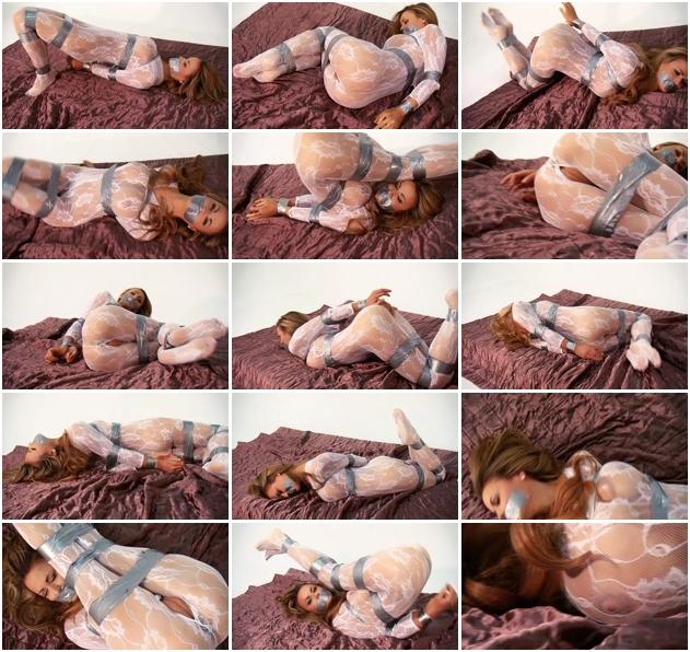 http://ist3-1.filesor.com/pimpandhost.com/1/4/2/7/142775/3/J/n/h/3JnhQ/Sexy_Bondage_And_BDSM-228.jpg