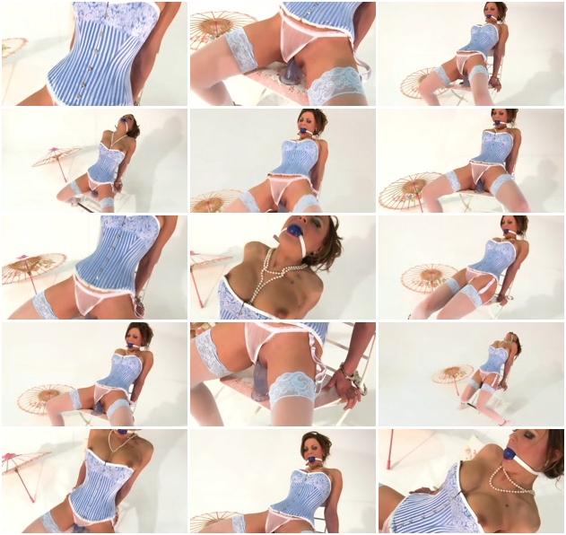 http://ist3-1.filesor.com/pimpandhost.com/1/4/2/7/142775/3/J/n/h/3JnhZ/Sexy_Bondage_And_BDSM-238.jpg