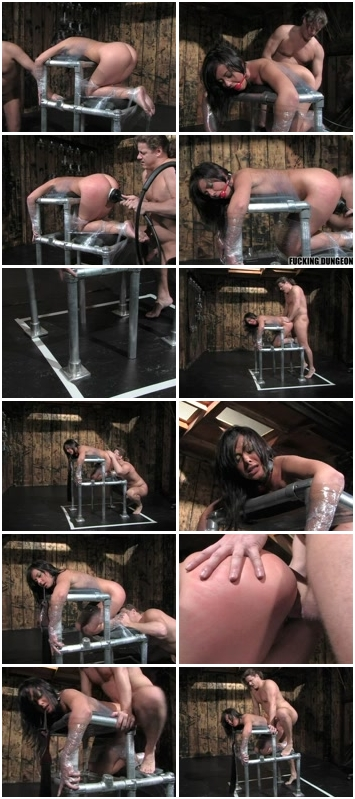 Female_Humiliation_009.wmv.jpg
