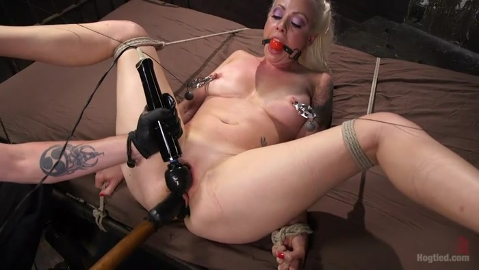 Lorelei_Lee_and_The_Pope_-_Lorelei_Lee_Submits_in_Brutal_Bondage_with_Grueling_Torment!!!.00081,