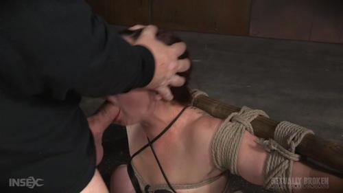 Pornstar in leggings
