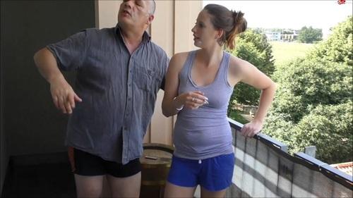 Egon-Kowalski – PissDusche fur vorlautes Teeny