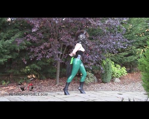 Pony Girl Roswell Prance