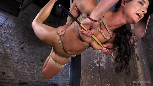 Samantha hayes begs for a huge load all over her perfect fee - 2 part 6