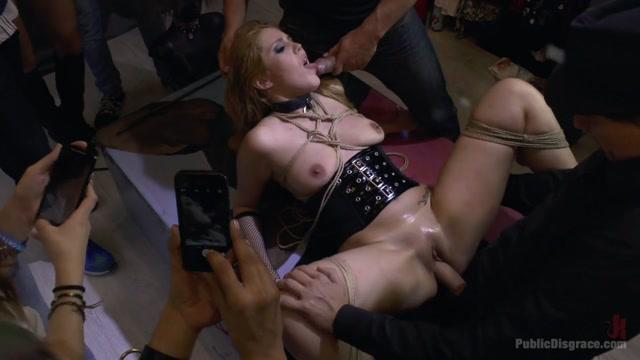 spanking kontakte public disgrace com