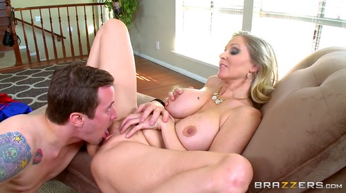 Mature sex therapist highly engaged 8