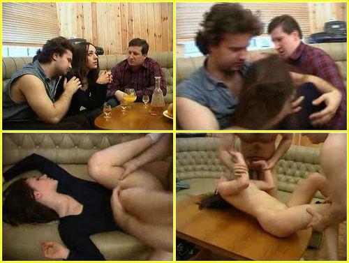 image Slim brunette suckingher boyfriends big cock