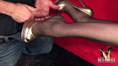 File name:  foot job with high heels 0001.mov