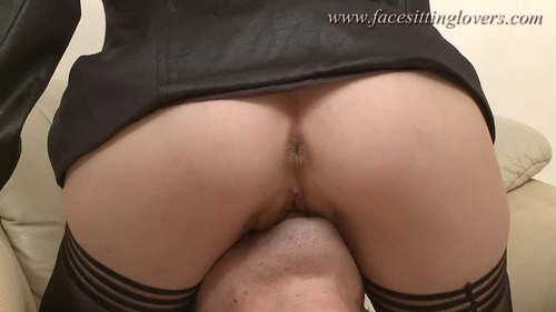 File name:  sexy femdom facesitting smother video 0694.mp4