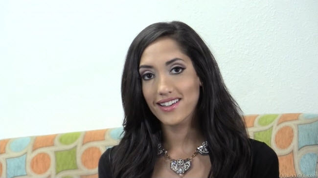 Chloe Amour : The Casting Couch [Evil Angel] (FullHD)