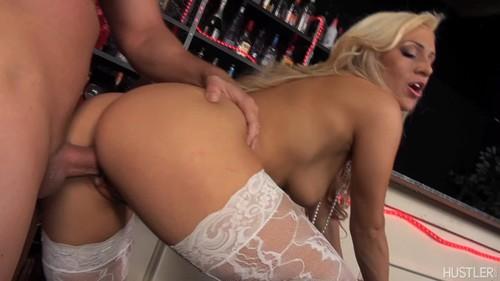 Sexy mom strip