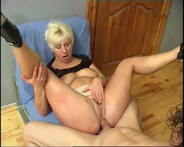 russian mom anal