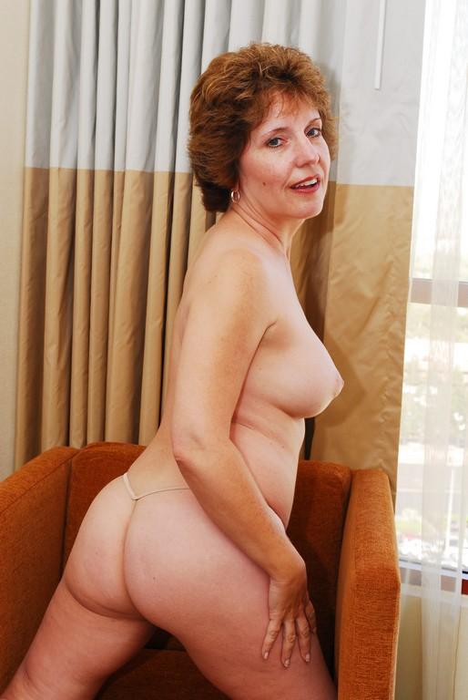 Amy Lynn - Mature, MILFs