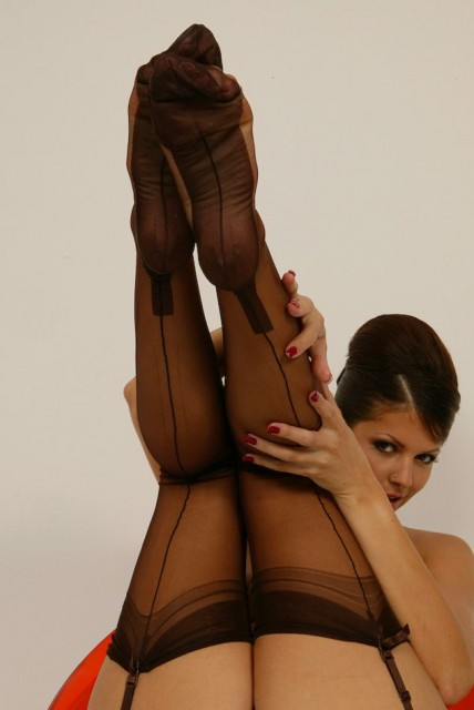 LUCKY FORCED ORGASM - Fetish Nylons