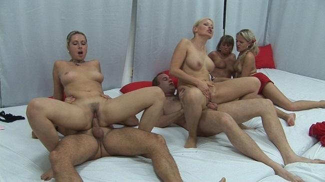 group swinger