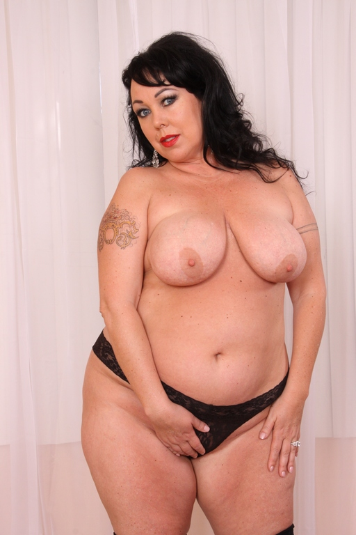 Alexis Couture - BBW Lady