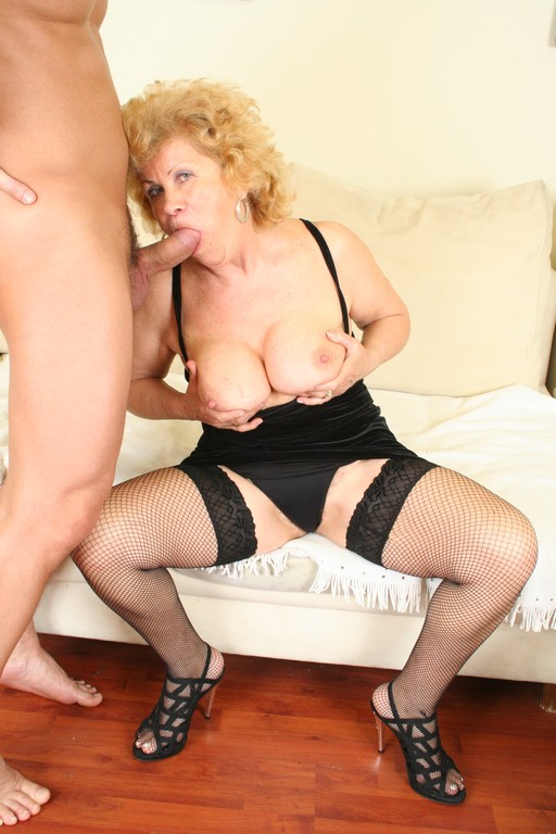 Renata is a hot and horny old granny - Mature, MILFs