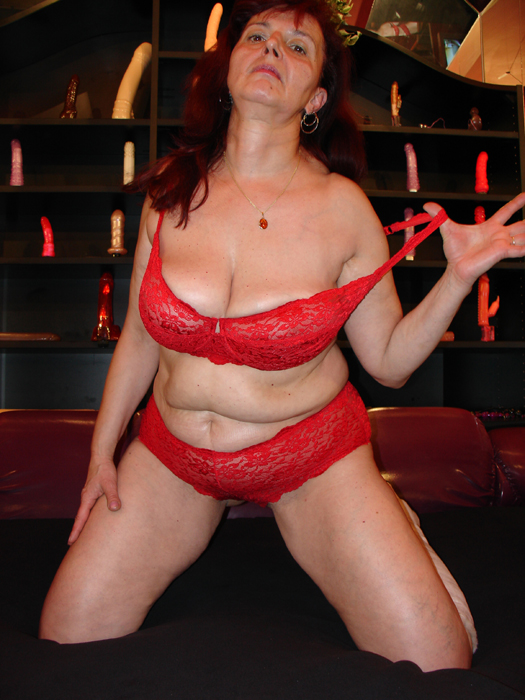 Eva is bringing out the big guns today! - Mature, MILFs
