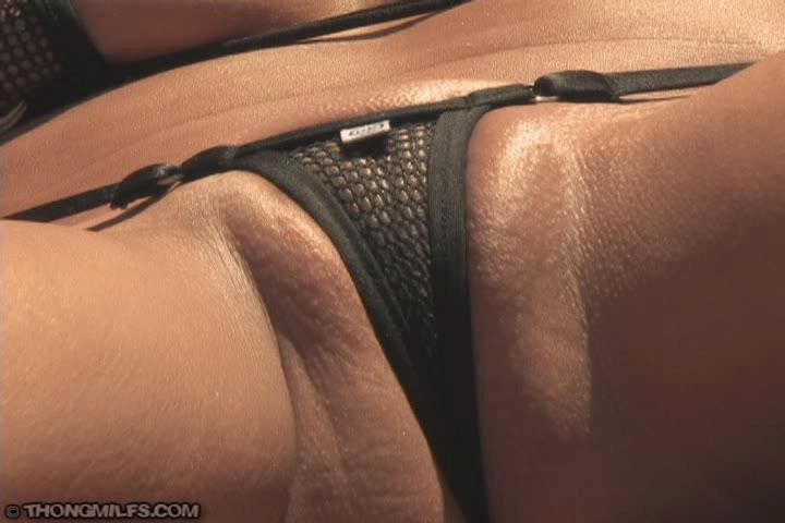 image Two fantastic strippers masturbating on live