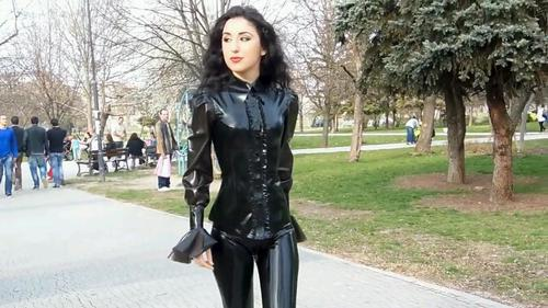 Latex Planetsuzy 102