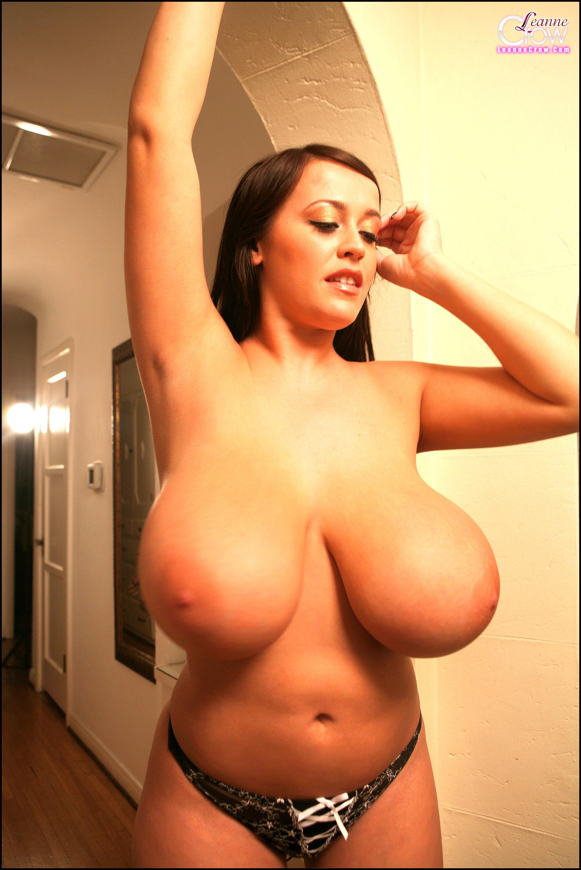 Корне фото самой большой голой груди мне