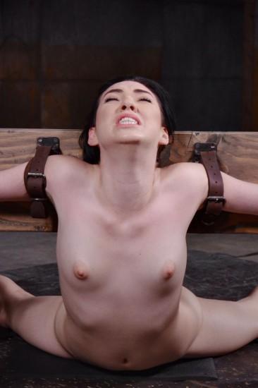 Sexy Aria Alexander bound in brutal back arch