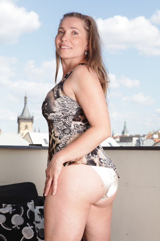 Evelin Marvelou - Mature, MILFs