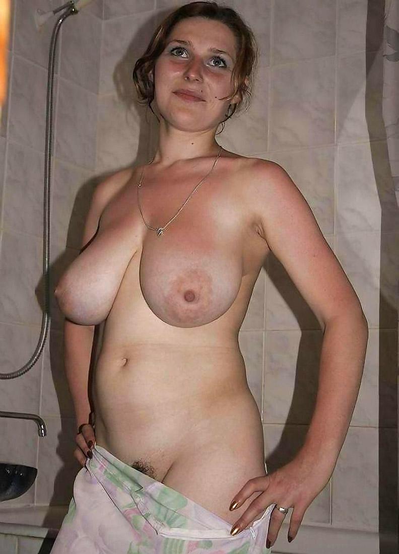 porno-russkoe-obvisshaya-grud